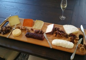 Large-cheese-tray